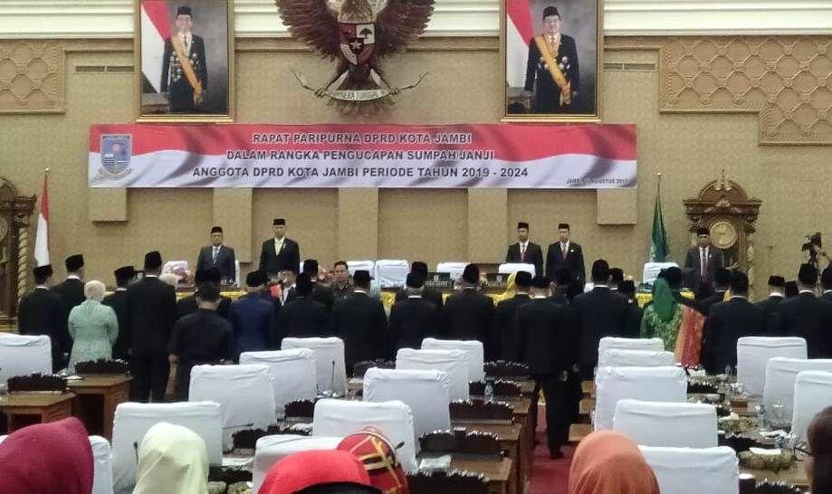 Anggota DPRD Kota Jambi saat dilantik beberapa waktu lalu.