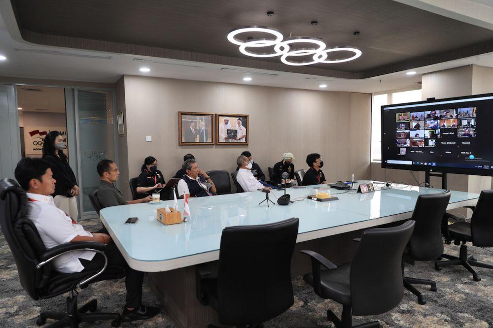 Rabu 9 Juni 2021. SEAGF Meeting diikuti oleh Ketua NOC Indonesia Raja Sapta Oktohari, Sekjen dan KE di Ruang Rapat lt 18 NOC Indonesia HQ, Menara Olahraga Senayan - Jakarta