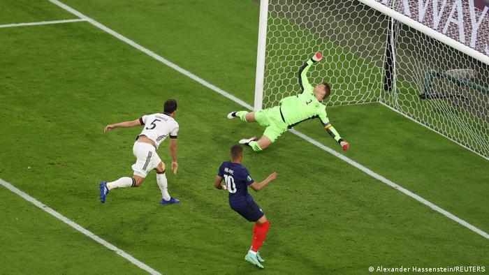 Mats hummels mencetak gol bunuh diri/dw.com