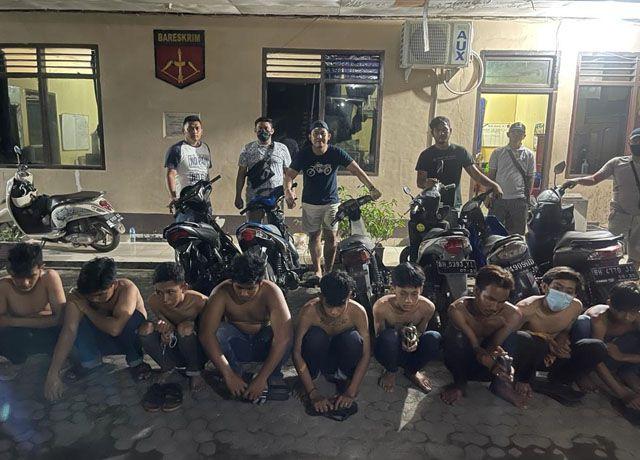 DIAMANKAN : Karena meresahkan pengguna jalan, 30 pelaku balap liar yang merupakan pelajar ditangkap petugas dari Polsek Jambi Selatan