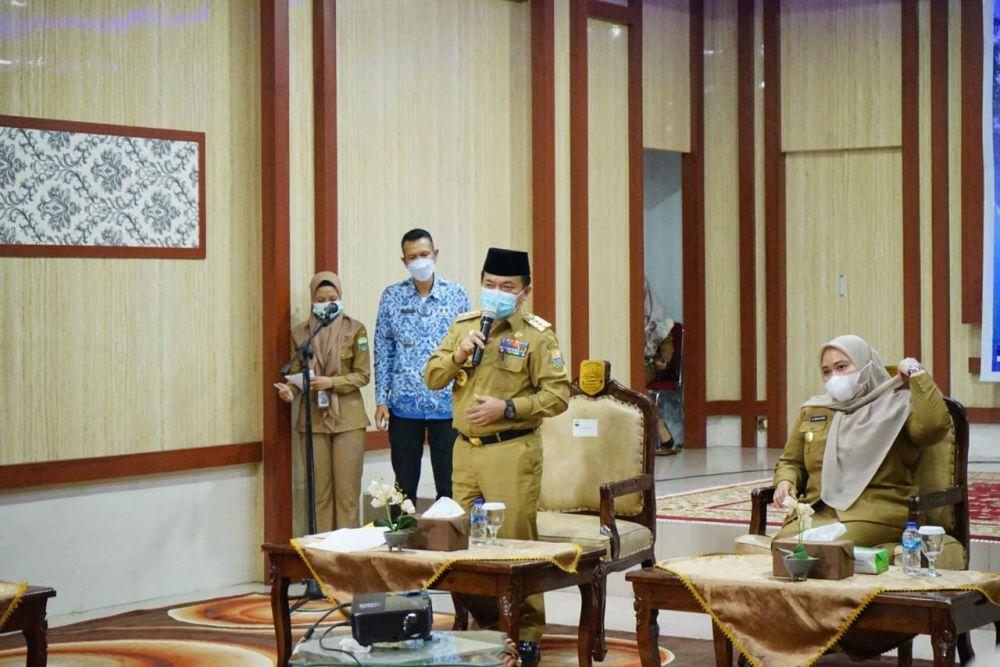 Gubernur Jambi Dr. H. Al Haris,S.Sos, MH saat menyampaikan arahan bersama Bupati Muaro Jambi