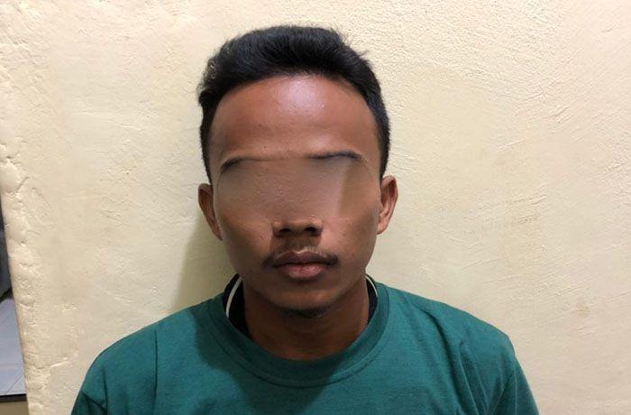 Pelaku pencurian uang milik neneknya sendiri diamankan oleh Tim Sultan Satreskrim Polres Tebo berikut barang buktinya.