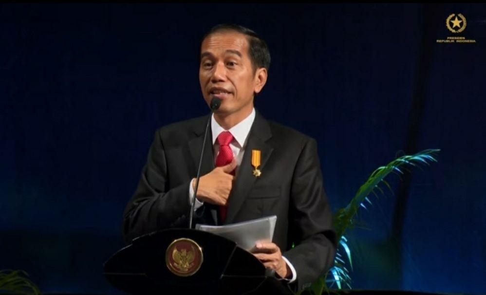 Presiden Jokowi dalam acara sosialisasi program pengampunan pajak atau tax amnesty, di JIExpo, Kemayoran, Jakarta, Senin (1/8/2016)