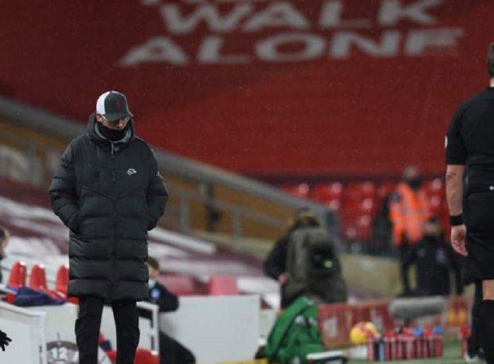 Juergen Klopp di sela-sela laga Liverpool kontra Brighton di Anfied/Getty Images