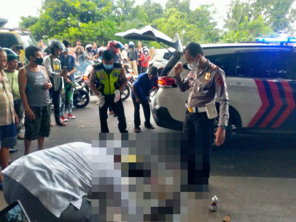 Mahasiswi tewas digilas mini bus di Desa Mendalo Darat, Kecamatan Jaluko, Muaro Jambi